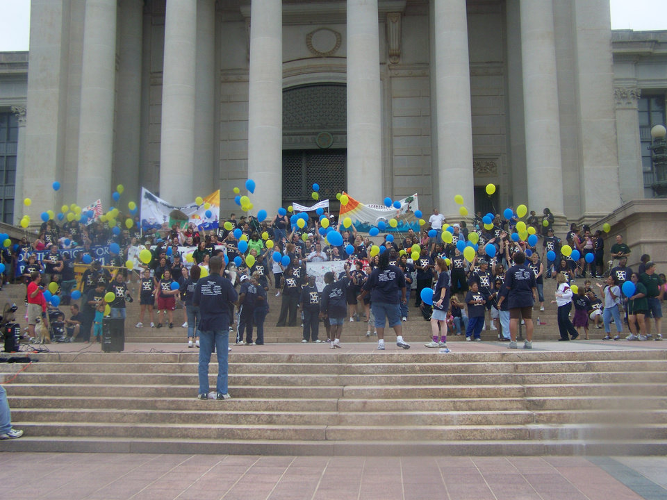 Photo - Walkers from a previous Walk for Recovery assemble on the steps of the Oklahoma Capitol. Photo provided.