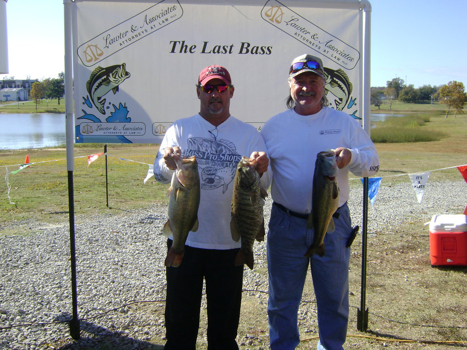 Photo -  Butch Kennemer and Jamie Haynes of Tulsa, won the Last Bass tournament on Lake Eufaula.