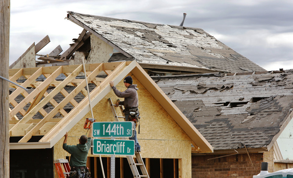 Months after may tornadoes oklahoma contractors struggle for Build on your lot oklahoma