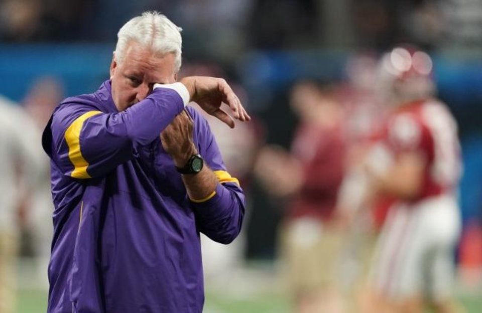 Photo -  LSU offensive coordinator Steve Ensminger learned that his daughter-in-law died in a plane crash before Saturday's Peach Bowl. [John David Mercer-USA TODAY Sports]