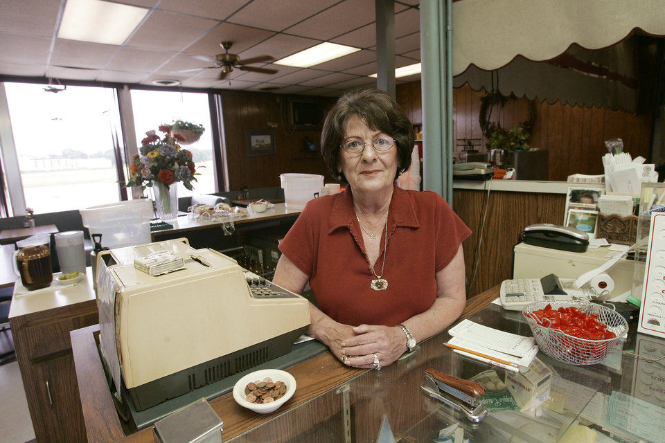 Photo - The Downtown Airpark Cafe tried to stay open after the airpark shut down in 2005, but business plunged. Owner Kay Lundy visited with The Oklahoman about her efforts to hold on to the business her mother started in 1954. Lundy said a lot of her customers thought the restaurant closed with the airport. [THE OKLAHOMAN ARCHIVES]