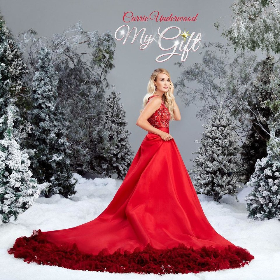 Photo - Carrie Underwood's first Christmas collection
