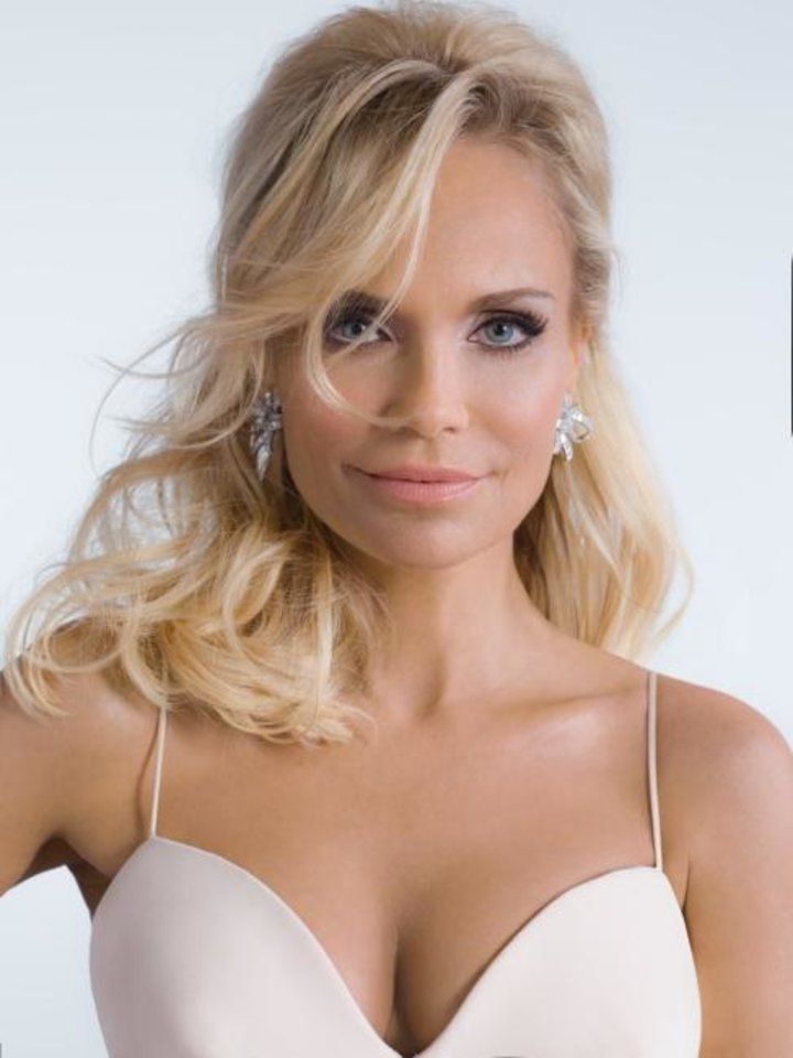 Photo -  Kristin Chenoweth. [Photo by Gian di Stefano]
