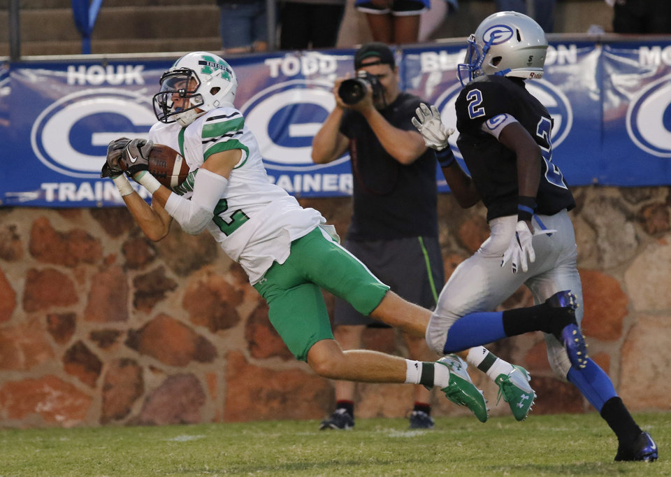 High School Football Mcguinness Defense Shuts Down Guthrie In 20 3 Win