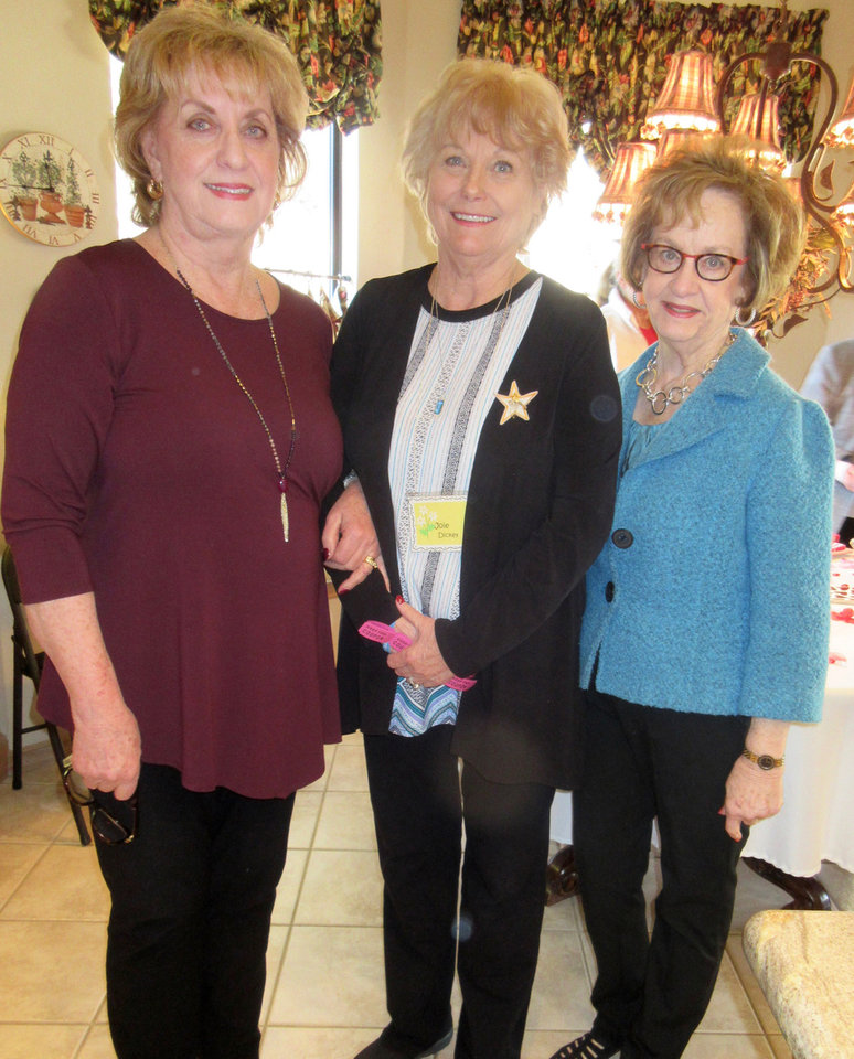 Photo - Judy Atwood, Joie Dickey, Nancy Krodel. PHOTO BY HELEN FORD WALLACE, THE OKLAHOMAN