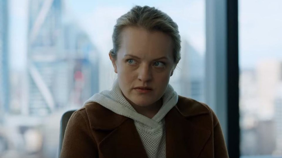 Photo - Elisabeth Moss stars in