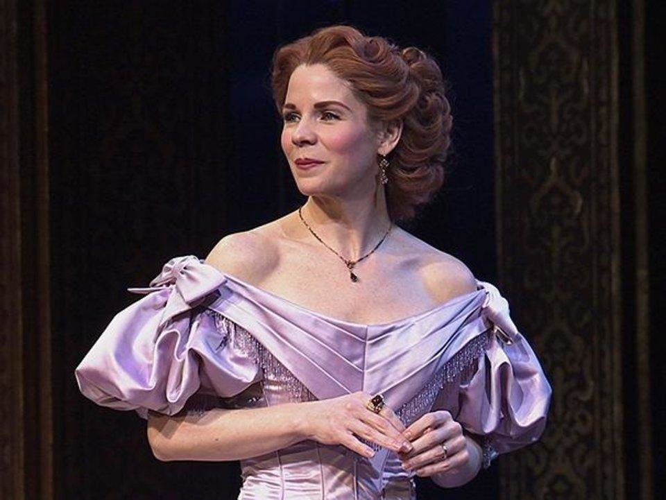 Photo - Kelli O'Hara appears in Tony Award-winning Broadway turn as Anna Leonowens in