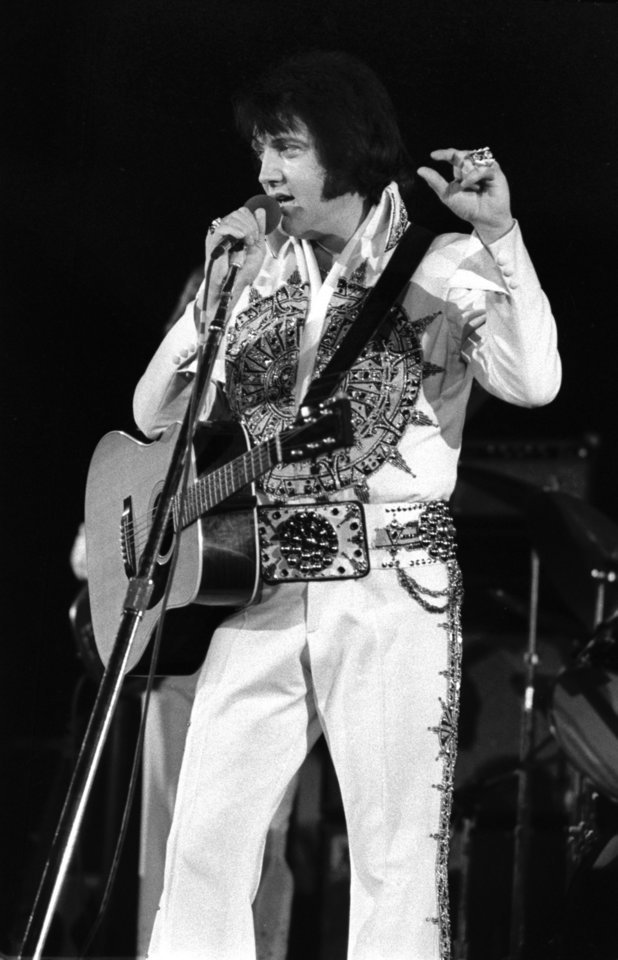 Photo - Here's Elvis performing at the Lloyd Noble Center in early 1977.
