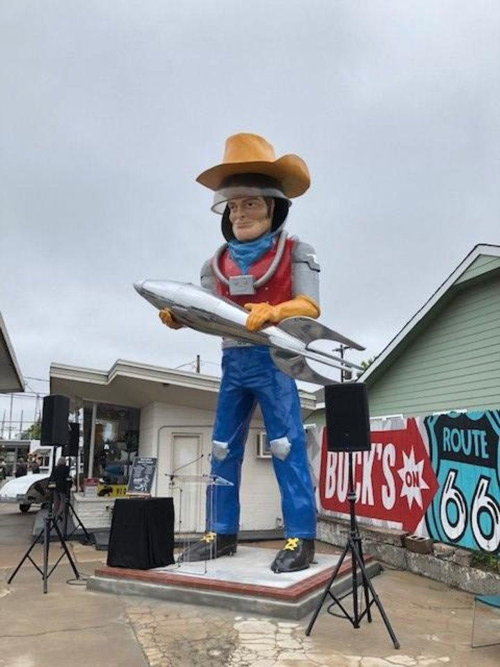 Photo -  Buck Atom's Cosmic Curios on Route 66 in Tulsa. [Courtesy Oklahoma Department of Tourism and Recreation]