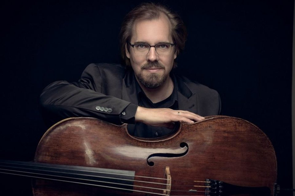 Photo - Internationally acclaimed cellist Wolfgang Emanuel Schmidt will be the featured soloist for the Oklahoma City Philharmonic's Nov. 23 Classics concert. [Simon Pauly photo]