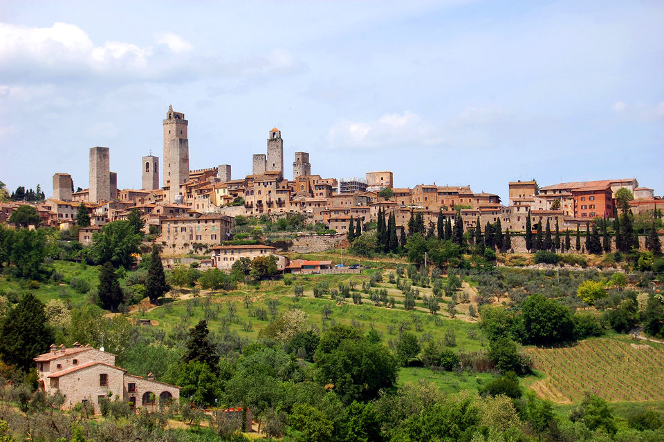 Tuscany S Powerful Towerful San Gimignano News Ok