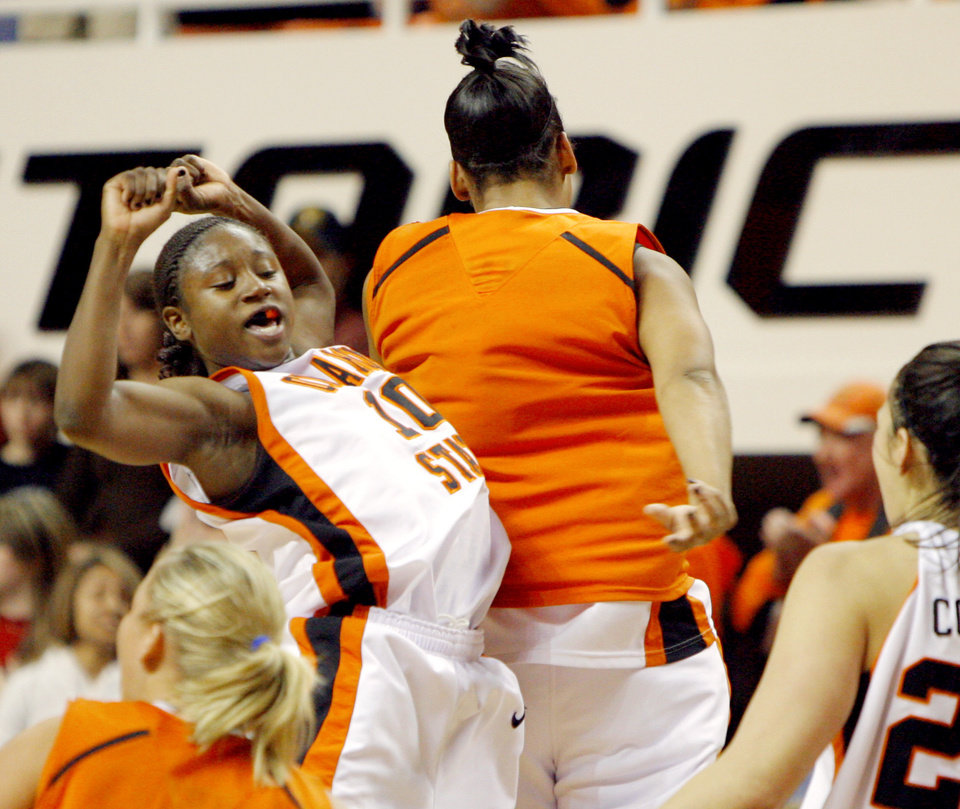 Ride 'em, Cowgirl Riley scores 45 points as Cowgirls ...