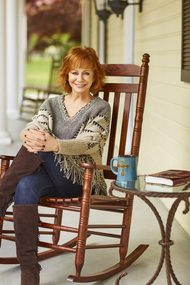 Reba releases 'Rockin' R' collection with Cracker Barrel | News OK