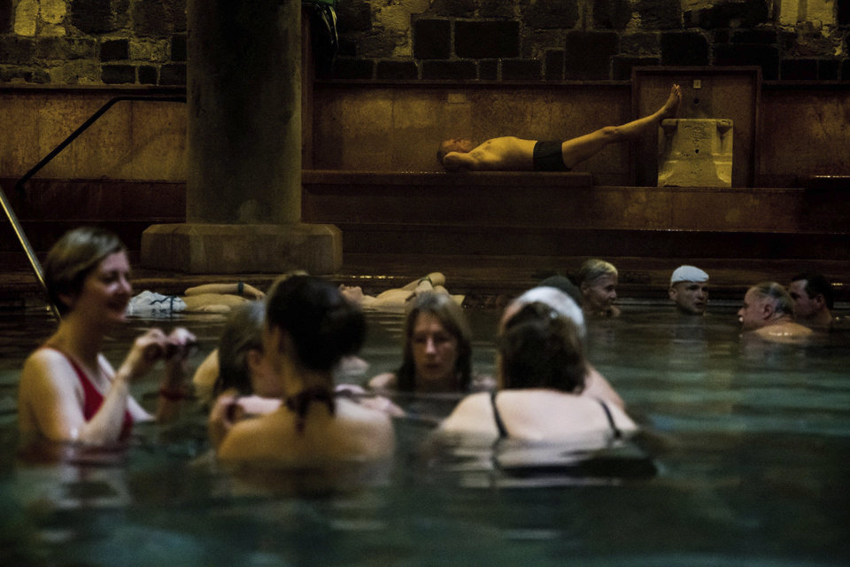 Aaah Sink Neck Deep In Hot Mineral Waters At Budapest Baths News Ok