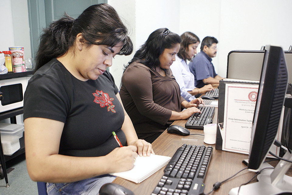 Alma Delia Hernandez Works During Computer Class