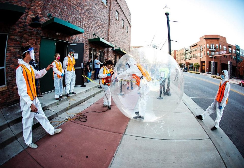 Photo - Crews and fans prepare for The Flaming Lips recent