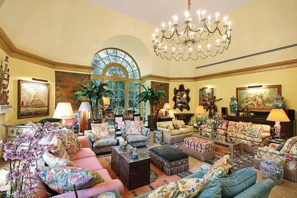 Lilly Pulitzer Furniture Sale #31: The Estate Of Lilly Pulitzer, Palm Beach, Florida. (PRNewsFoto/Leslie Hindman Auctioneers) ...