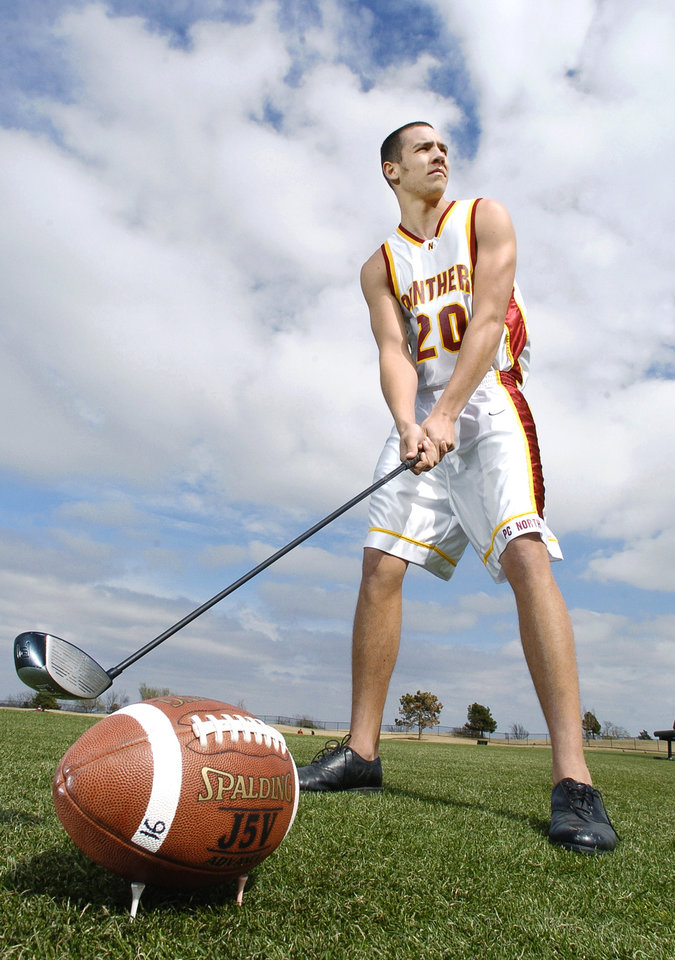 Photo - OKLAHOMA CITY, OK.  FRIDAY, 3/25/2005.  Sam Bradford, Putnam City North High School junior who plays football, basketball and golf.     Staff photo by Jim Beckel.