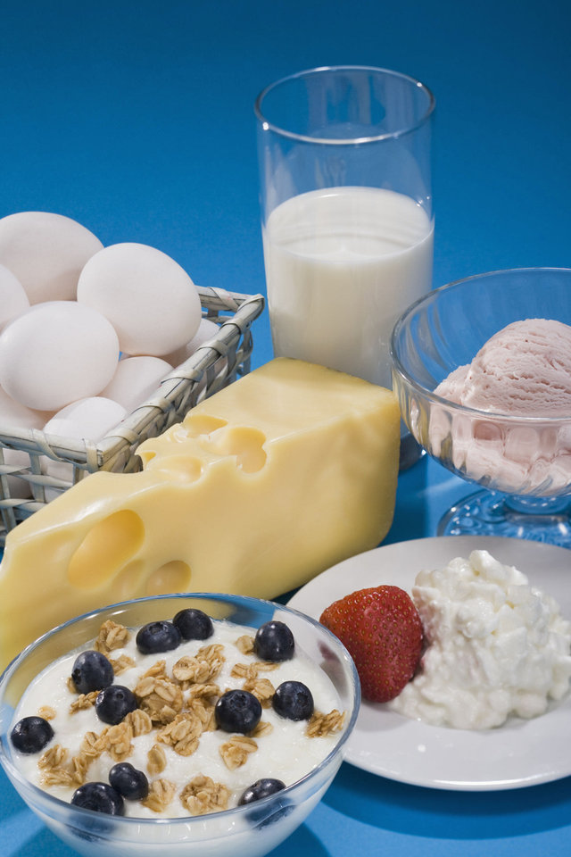 Photo - Research shows a steady diet of calcium-rich foods has been shown to reduce the chances of osteoporosis. Thinkstock photo.  Jupiterimages