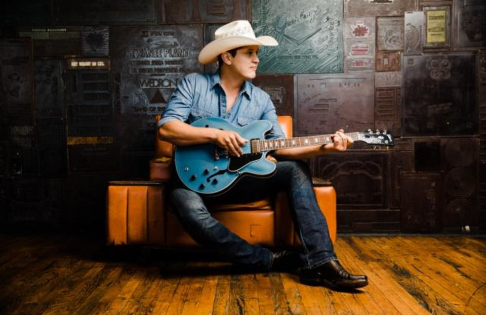 Photo - Country singer Jon Pardi is the new face of Wrangler Retro.