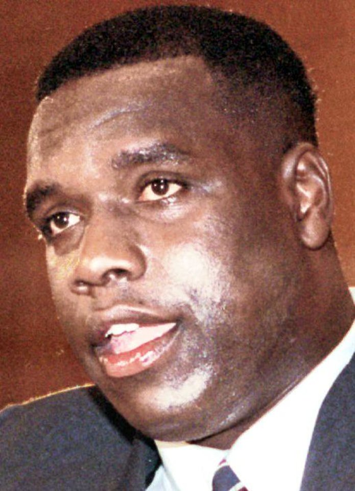 Photo - Former OSU and Washington Redskins star Dexter Manley says he's been clean since 2006. AP PHOTO