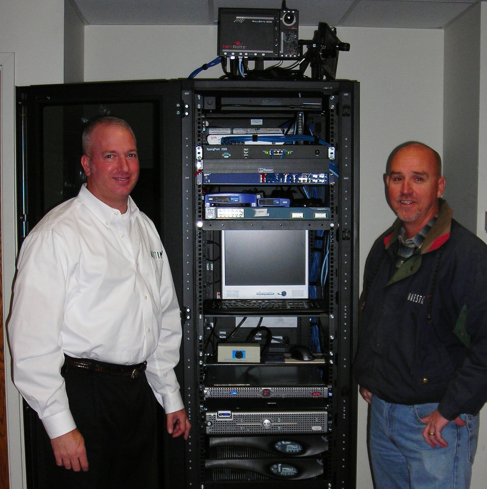 Photo - Mark Clift, president of Maestro Services, left, shown with Darryl Shelden, engineer. PHOTO PROVIDED BY MAESTRO SERVICES ORG XMIT: 0712032213133277