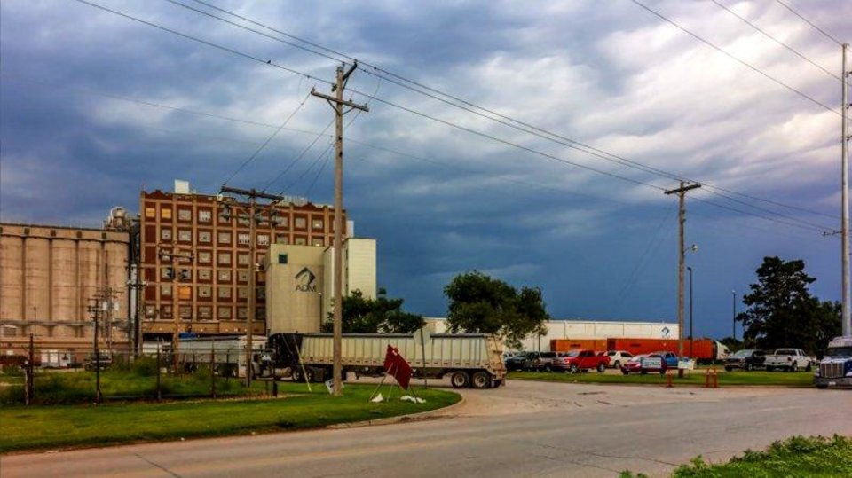 Photo - ADM Flour Mill, Enid, Oklahoma. (Photo provided by OG&E.)
