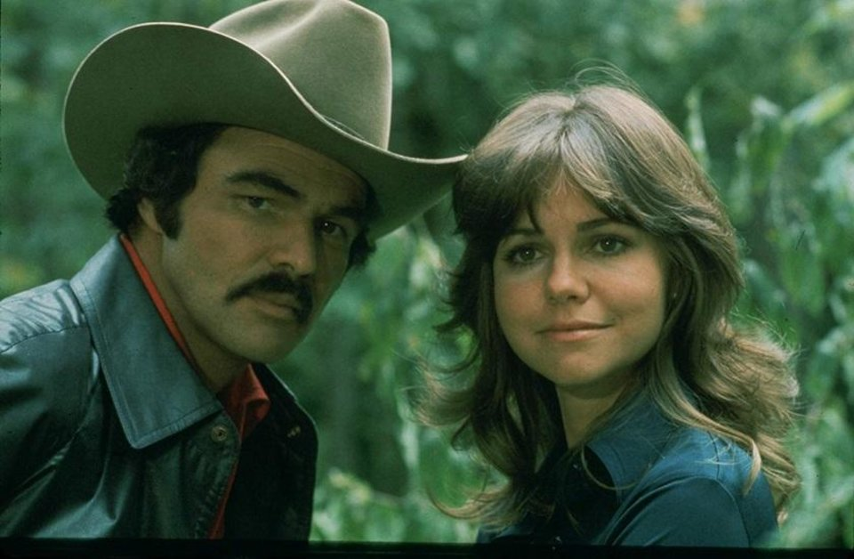 Photo - Burt Reynolds and Sally Field appear in a scene from 1977's