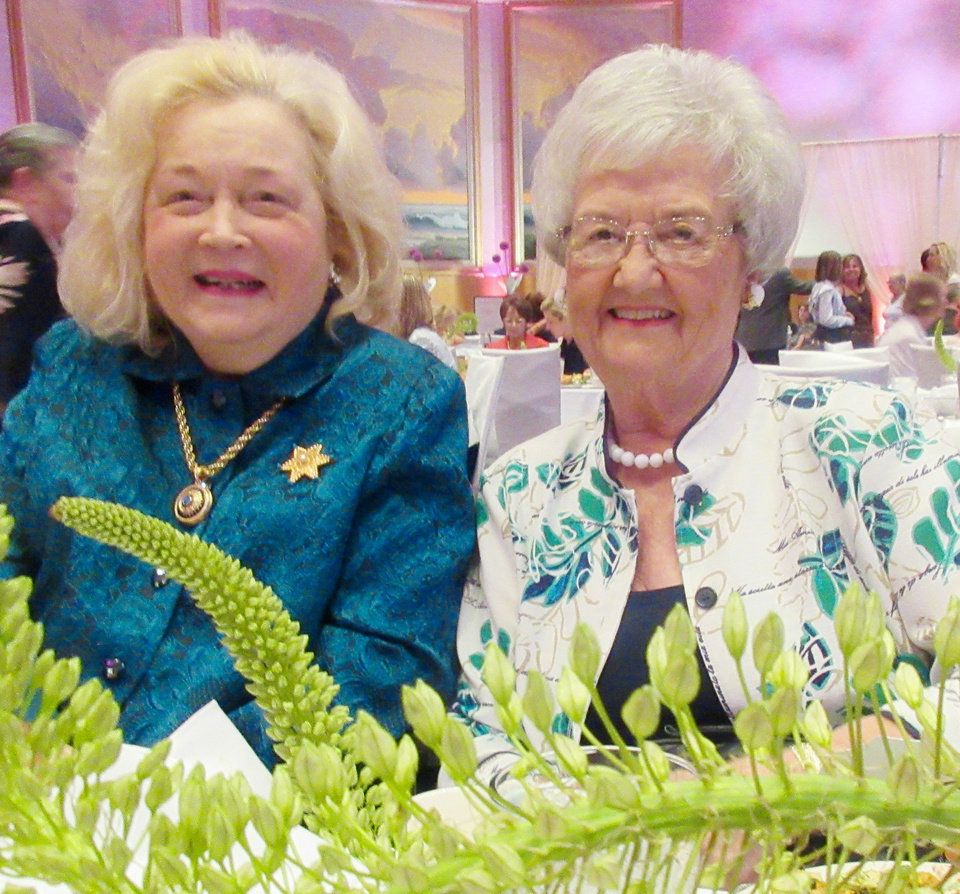 Photo - Jo Carol Cameron, Barbara Durrett. PHOTO BY HELEN FORD WALLACE, THE OKLAHOMAN