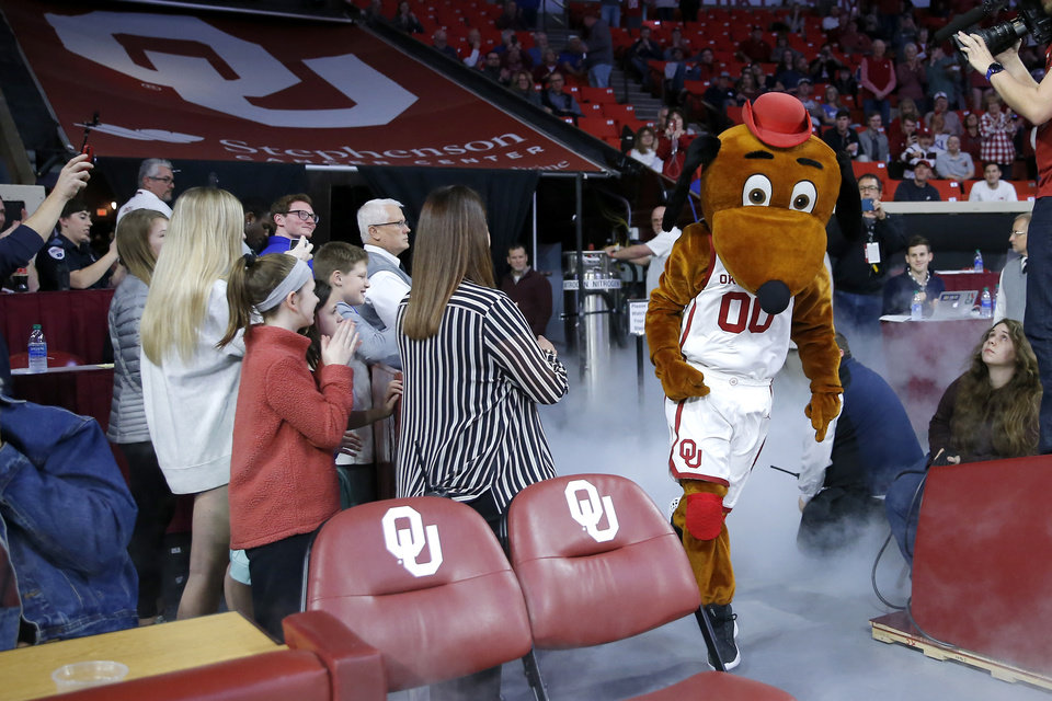 Photo - Oklahoma basketball mascot Top Daug takes the court before an NCAA college basketball game between the University of Oklahoma Sooners (OU) and the University of Kansas Jayhawks at Lloyd Noble Center in Norman, Okla., Tuesday, Jan. 14, 2020. [Bryan Terry/The Oklahoman]