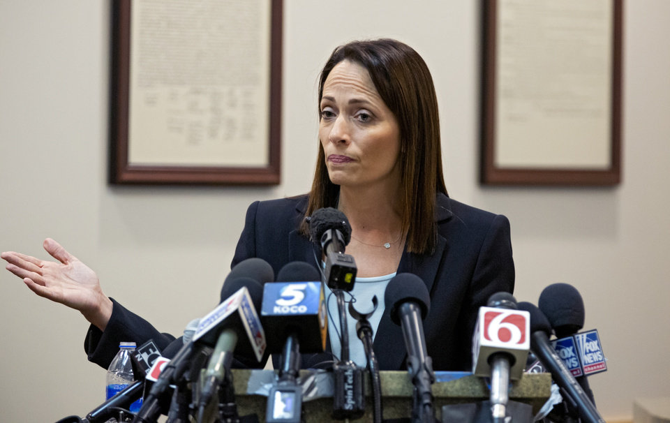 Photo - Defense attorney Sabrina Strong speaks to the media afte Judge Thad Balkman delivered his summery decision in the opioid trial at the Cleveland County Courthouse in Norman, Okla. on Monday, Aug. 26, 2019. Judge Balkman ruled in favor of the State of Oklahoma, that Johnson and Johnson pay $572 million to a plan to abate the opioid crisis. The proceeding were the first public trial to emerge from roughly 2,000 U.S. lawsuits aimed at holding drug companies accountable for the nationÕs opioid crisis.  [Chris Landsberger/Pool]