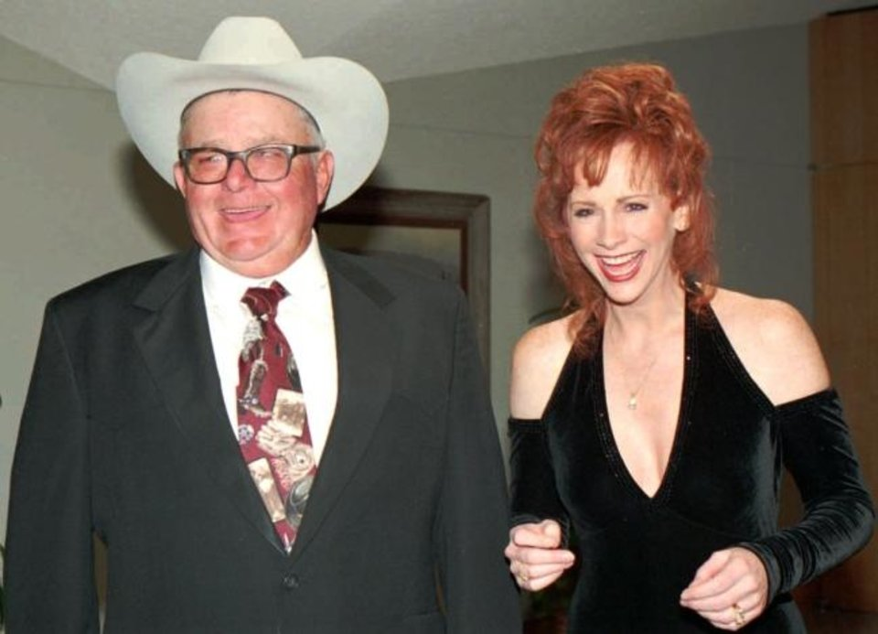 Photo -  Reba McEntire and her