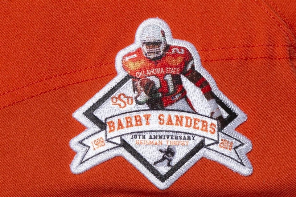 The story behind Oklahoma State's Barry Sanders throwback ...