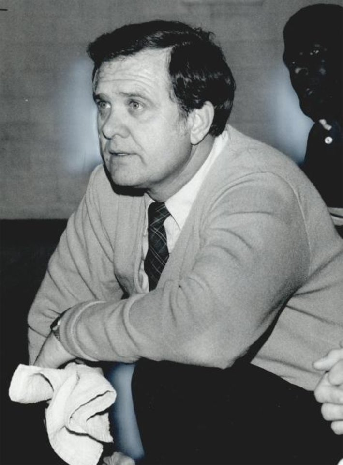Photo -  Dub Raper coached high school basketball in Oklahoma for decades. He died Sunday from complications due to COVID-19. He was 83. [OKLAHOMAN ARCHIVES]