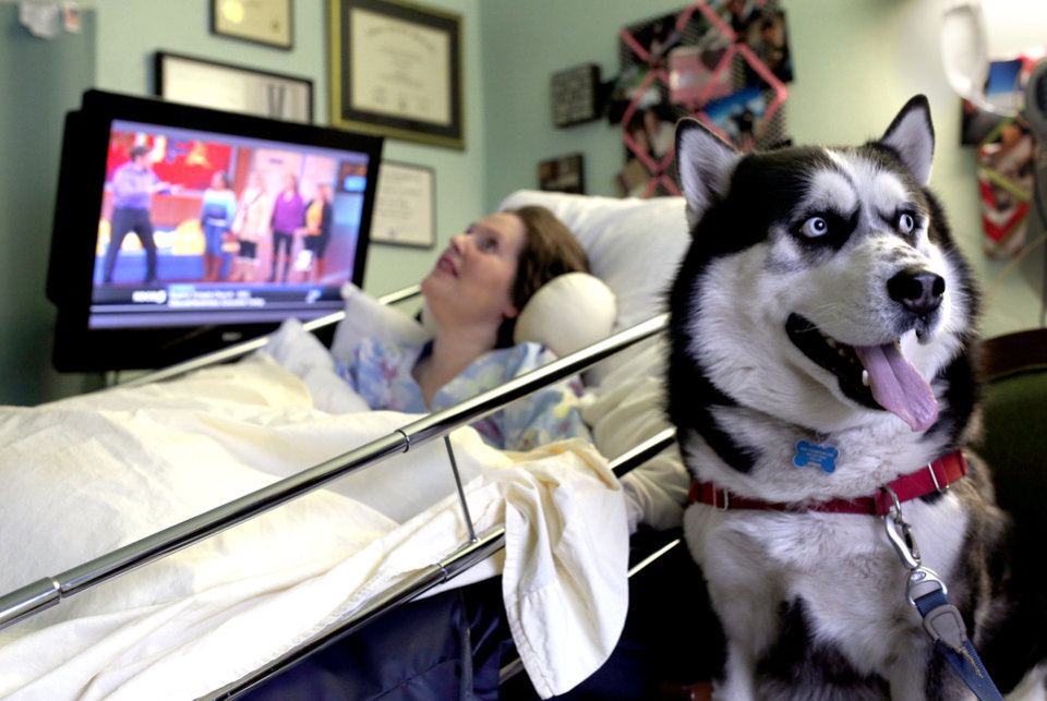 Canine Connection Therapy Dog Brightens Day For Oklahoma
