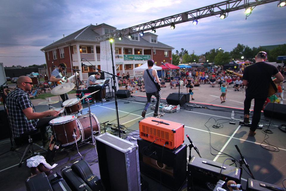 Photo - Chase Kerby and the Villians play during Heard on Hurd in downtown Edmond Saturday, June 18, 2016. [Photo by Doug Hoke, The Oklahoman]