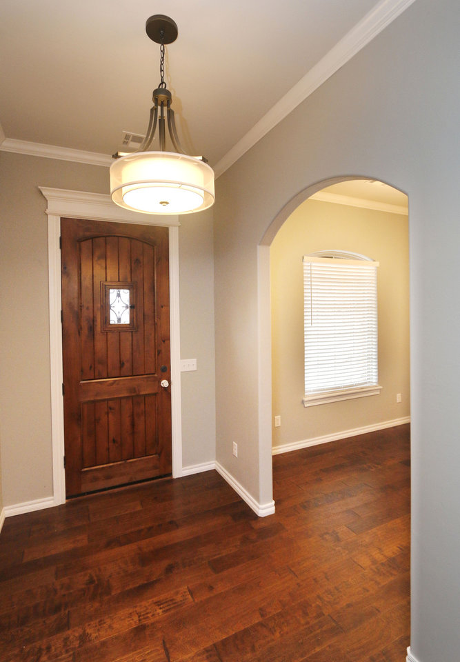 The Arched Entry To Dining Room Is Just Off Joe Pryors Listing