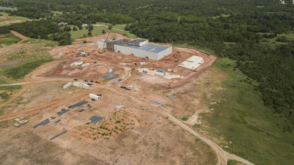 Photo -  Construction is well underway on Edmond's new ShowBiz Cinemas, scheduled to open late this year. [PHOTO BY DAVE MORRIS, THE OKLAHOMAN]