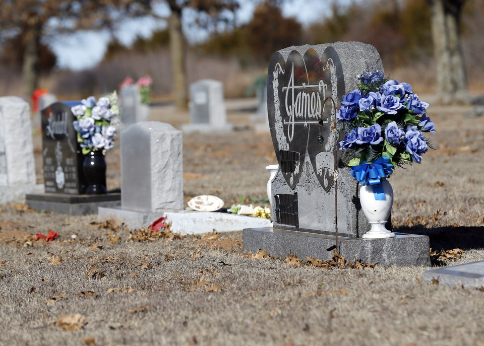 "Photo - The gravesite for Darrell ""Jack"" James in Marlow, Okla., Saturday, Feb. 1, 2020. [Nate Billings/The Oklahoman]"