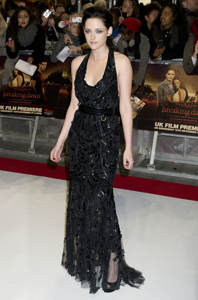 Photo - U.S actress Kristen Stewart arrives for the UK premiere of 'Twilight Breaking Dawn Part 1' at a central London venue,  Wednesday, Nov. 16, 2011. (AP Photo/Jonathan Short) ORG XMIT: LJS105