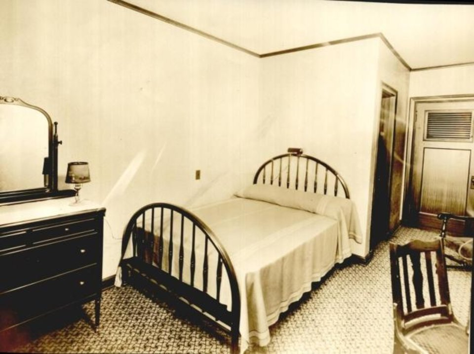 Photo -  A typical room is shown at the Park-O-Tell Hotel in 1930. [Oklahoman Archives]