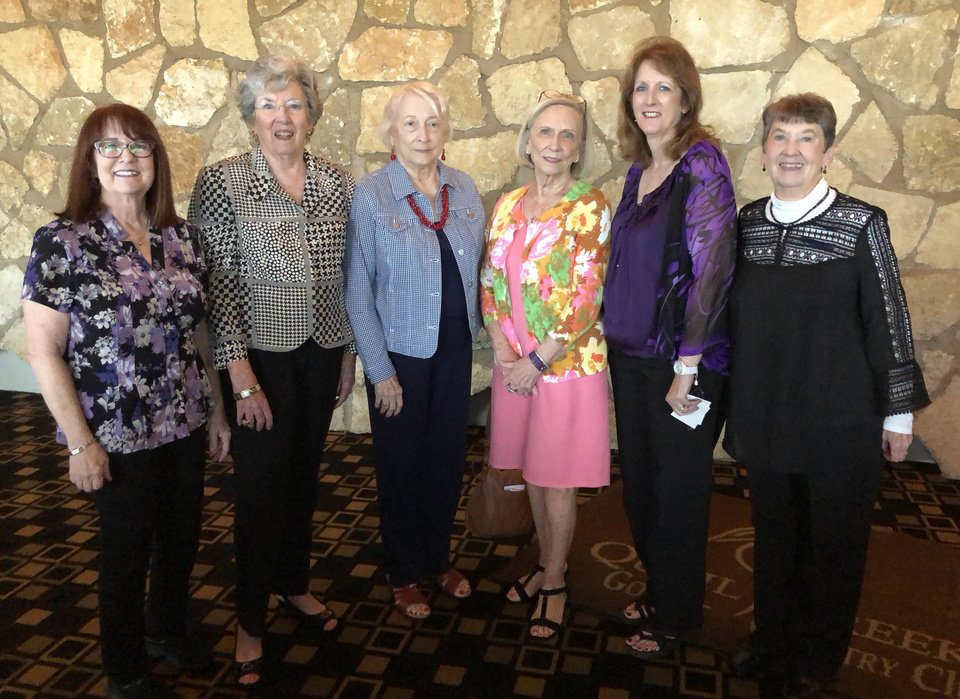 Photo - Karen Litsey, Sue Gabe, Peggy Guthrie, Betty Estes, Diane Laase, Linda Carley. PHOTO PROVIDED
