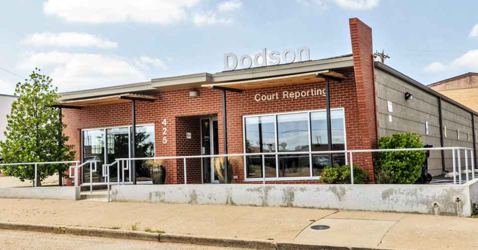 Photo -  The Dodson Court Reporting building is at 425 NW 7. [Photo by Chris Landsberger, The Oklahoman]