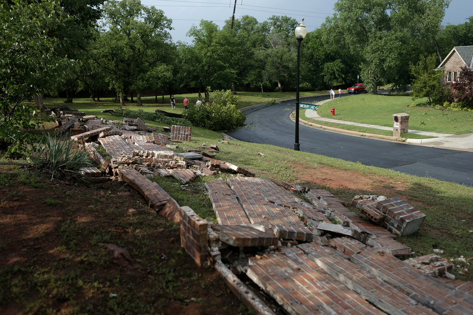 Photo - Tornado damage near 33rd and Bryant in Edmond, Okla., Sunday, May 19, 2013. Photo by Bryan Terry, The Oklahoman