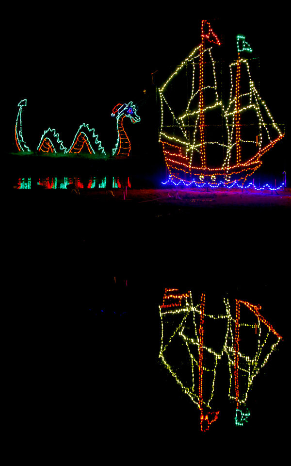 Oklahoma City metro-area holiday light displays recover from ice storm