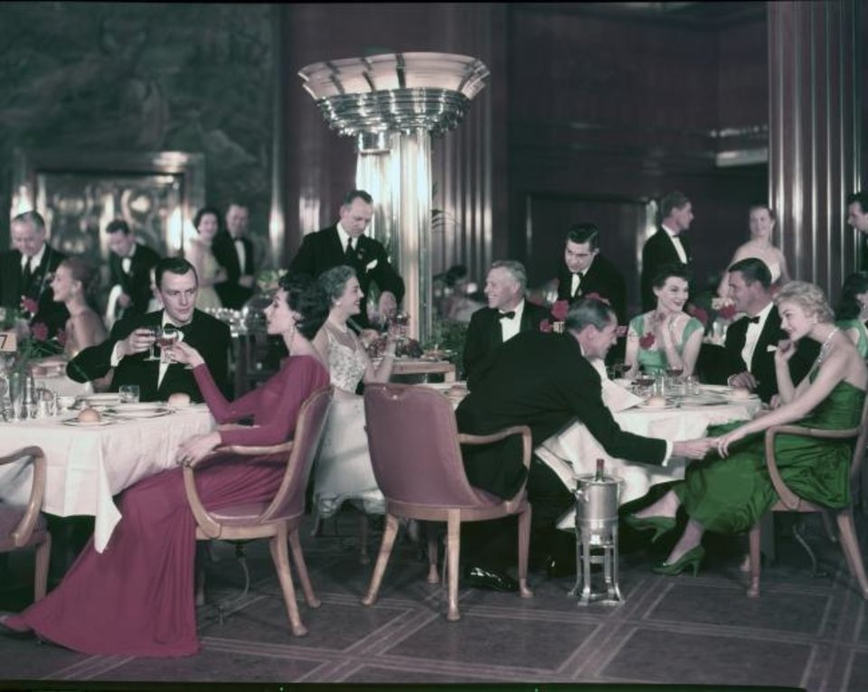 Photo -  Formal night on a Cunard cruise in the 1940s. [Cunard Cruise Lines]