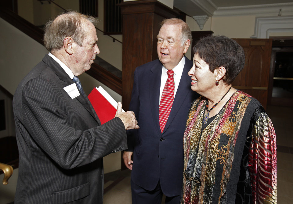 Photo - MOLLY SHI BOREN: Dr. Martin Sullivan, Director of the Smithsonian's National Portrait Gallery talks with University of Oklahoma President David Boren and Boren's wife Molly before the dedication of the Stuart Wing of the Fred Jones Jr. Museum of Art on Friday, Oct. 21, 2011, in Norman, Okla.  Photo by Steve Sisney, The Oklahoman ORG XMIT: KOD