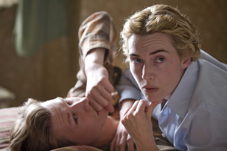 Photo - MOVIE: David Kross and Kate Winslet star in Stephen Daldry's The Reader. ORG XMIT: 0812311638337010