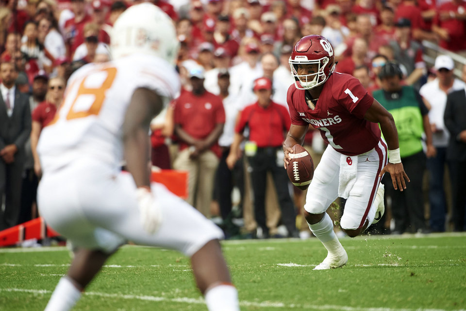Photo -  Kyler Murray ran for 92 yards in the Sooners' only loss of the season Oct. 6 to Texas at the Cotton Bowl. [AP PHOTO]
