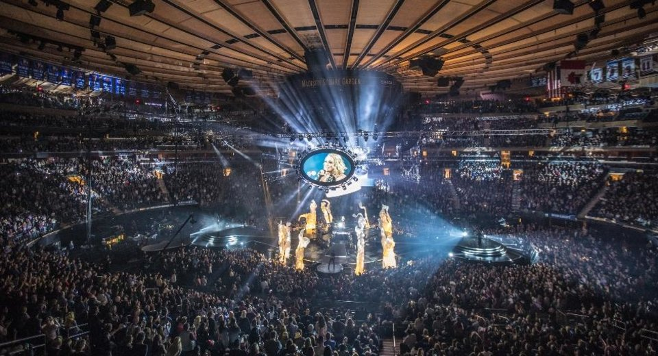 Photos Carrie Underwood plays soldout show at Madison Square